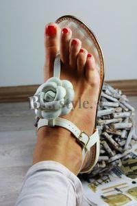 Dámska sandále