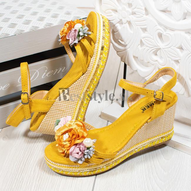28f52f0ef2 Žlté sandále zväčšiť obrázok. Akcia